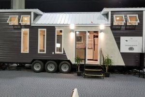 Foxglove Tiny House at Hummingbird Housing (1)
