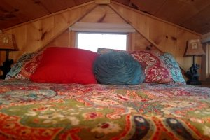 Sages loft bedroom is large enough for a Queen size bed (Custom)