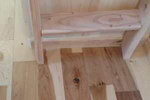 Sweet Pea Tiny House ladder to loft bedroom (Custom)